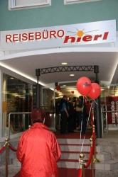 Eröffnung des neuen Reisebüros